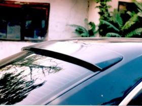 Бленда, козырек заднего стекла BMW E34