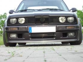 Докладка переднего бампера М-ТЕХ2 BMW e30