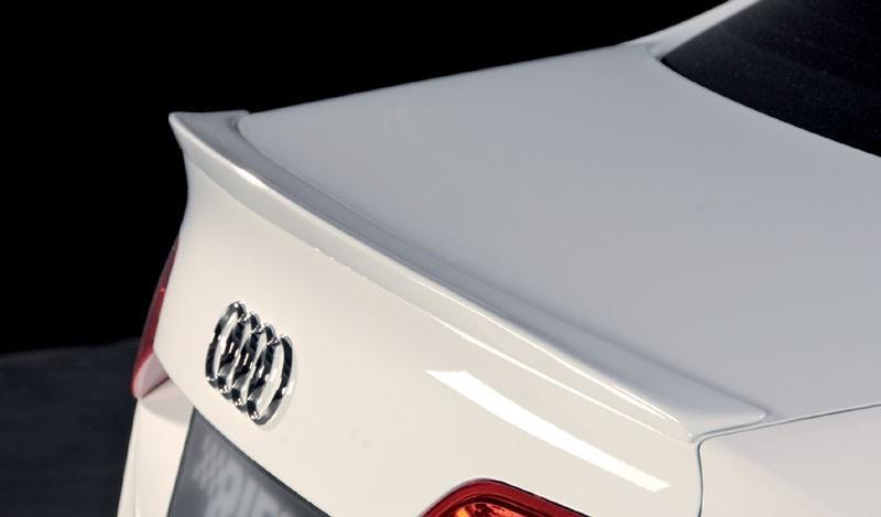 . Спойлер (сабля) для Audi A4 B8