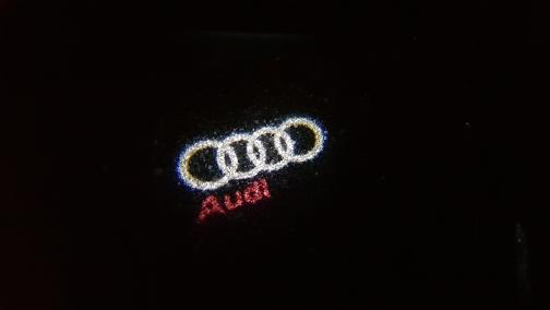 .Светодиодные лампы в двери Audi A1/A3/A4/A5/A6/A7/A8/R8/Q3/Q5/Q7/TT
