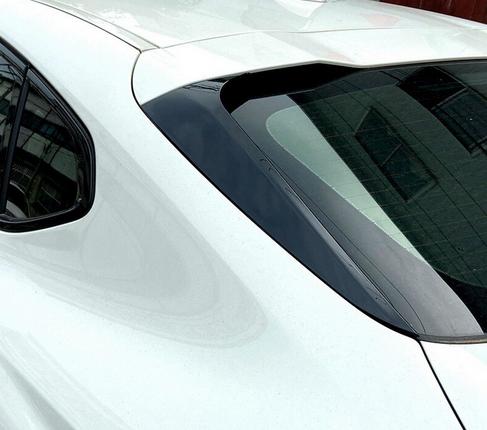 Боковые спойлеры на заднее стекло BMW X4 G02