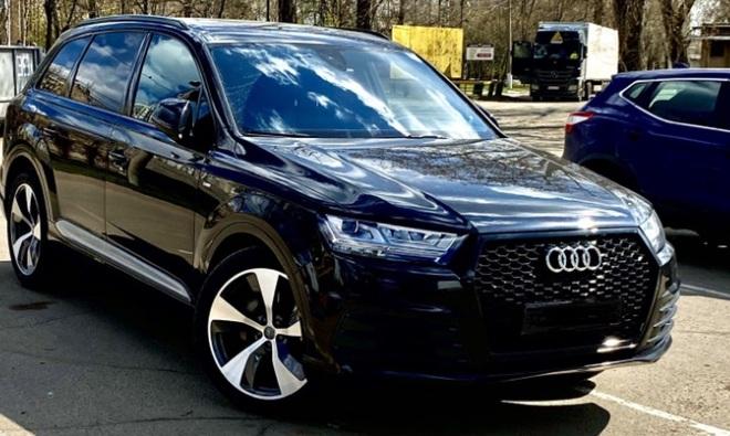 .Бампер передний Audi Q7 стиль RSQ7 (2015-...)