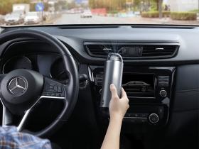 Автомобильный беспроводной пылесос