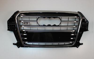 Решетка радиатора Audi Q3 SQ3 черная с хром рамкой (2011-2015)