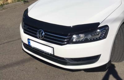 Накладка переднего бампера на VW Passat B7 (USA)