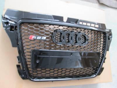 Решетка радиатора Audi A3 RS3 (2008-2012)