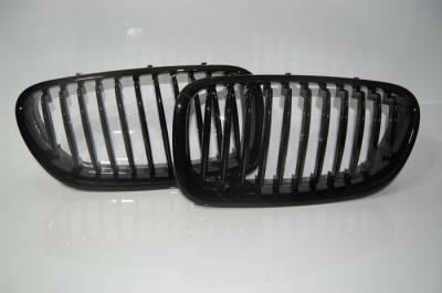 Решетка радиатора на BMW F10, черный глянец