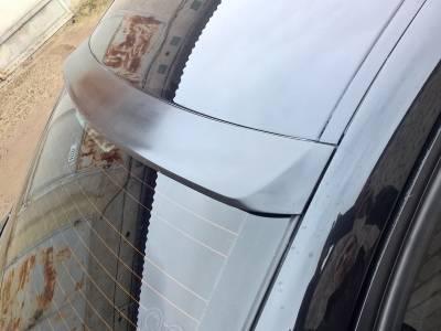 Бленда (козырек) заднего стекла BMW E90