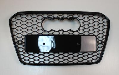 Решетка радиатора Ауди A5 RS5, черная глянцевая