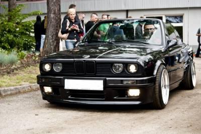 Бампер передний М-ТЕХ2 BMW e30