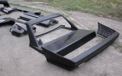 Крышка багажника и рамка заднего стекла БМВ е30 под м3
