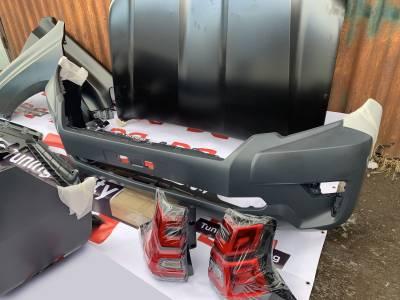 Бампер передний на Toyota LC 150 2013-2017