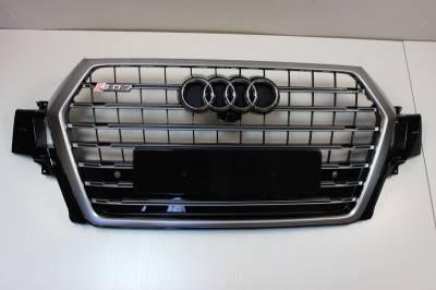 Решетка радиатора Audi Q7 SQ7, хром + черные вставки (2015-...)