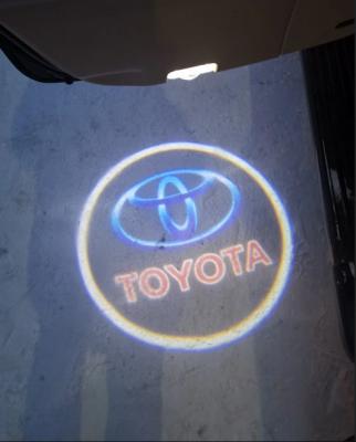 Подсветка дверей с логотипом Toyota