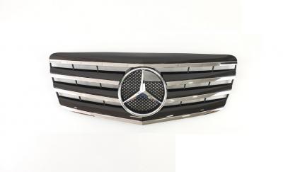 Решетка радиатора Mercedes W211 черная + хром вставки (2006-2009)