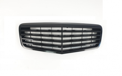 Решетка радиатора Mercedes W211 черный глянец (2006-2009)