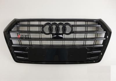 Решетка радиатора Audi Q5 SQ5 черная (2017-...)