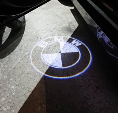 .Подсветка дверей с логотипом авто BMW