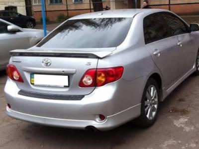 Накладка заднего бампера Toyota Corolla 2007-2013