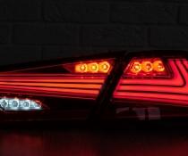 Оптика задняя, фонари на Toyota Camry 70 красные