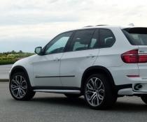 .Накладки на пороги BMW X5 LCI, стиль Aero