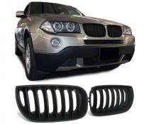 Решетка радиатора на  BMW X3 E83 черная, матовая