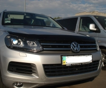 Дефлектор капота мухобойка SIM Volkswagen Touareg 2