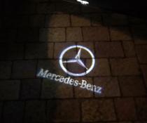 Подсветка дверей с логотипом Mercedes Benz