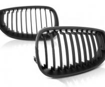 .Решетка радиатора, ноздри BMW E60, черный мат.