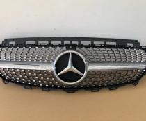 Решетка радиатора без звезды Mercedes W213 в стиле Diamond silver