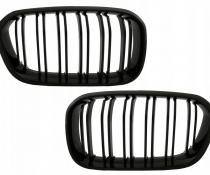 .Решетка радиатора (ноздри) BMW F20 / F21 LCI стиль M1 черная глянцевая