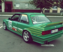 Акция!! Спойлер(накладка багажника) BMW e30 M3