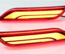 Задние габаритные огни на Toyota Camry V70